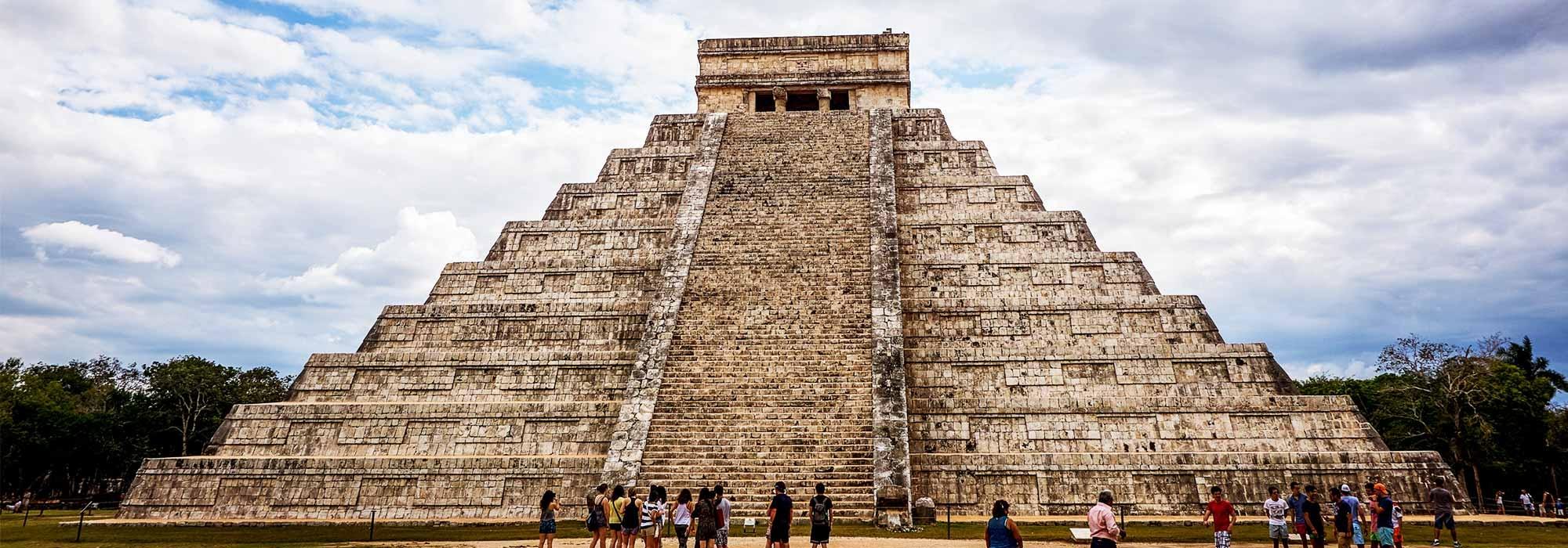 10 major achievements of the ancient aztec civilization - 2000×700